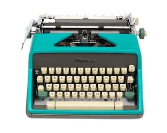 Typewriter Olympia SM7 Vintage Typewriter Green