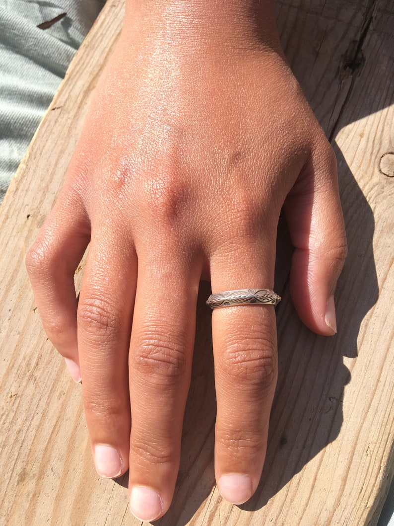 Hill tribe Silver ring