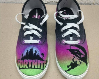 official photos a45fd 68a78 Custom airbrushed shoes
