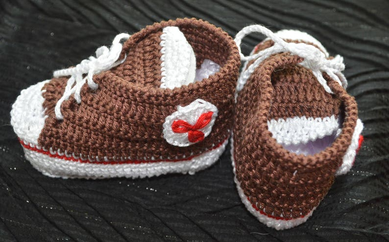 ad72a91db0272 Brown Baby Booties Crochet Baby Shoes Baby Boy Shoes Baby Street Shoes  Athletic Shoes Newborn Sneakers Converse Shoes knitted shoes