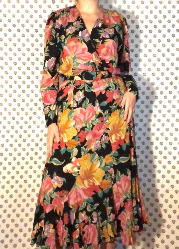 Vintage 1980s Bold Floral Dress with Belt