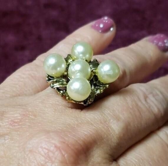 Vintage Faux Pearl Adjustable Ring - image 10