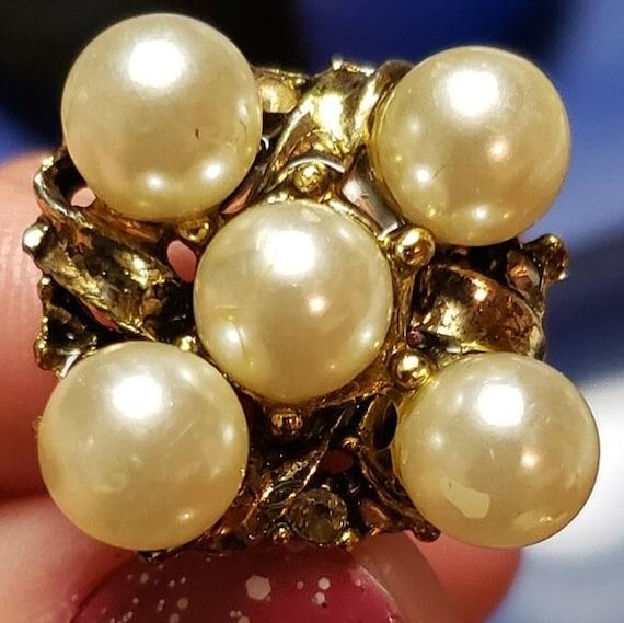 Vintage Faux Pearl Adjustable Ring - image 4