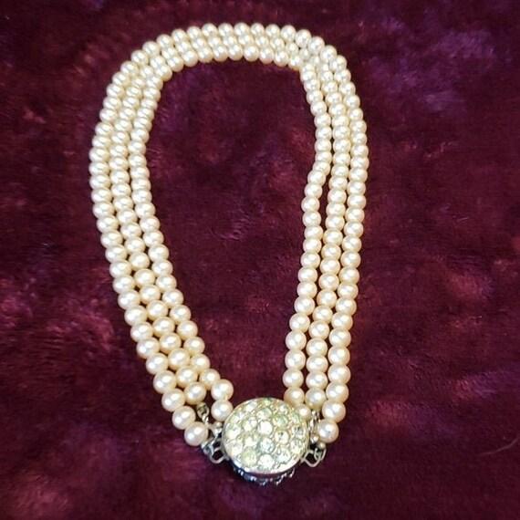 Sarah Coventry faux pearl & glass rhinestone chok… - image 2