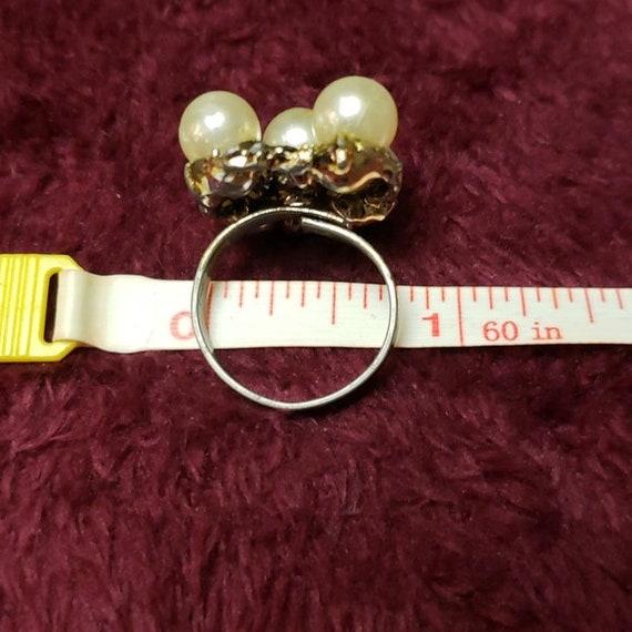 Vintage Faux Pearl Adjustable Ring - image 9