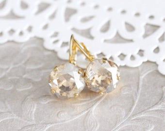 Gold Wedding earrings, Crystal Bridal earrings, Bridal jewelry, Champagne crystal earrings, Bridesmaid earrings, Swarovski Cushion cut
