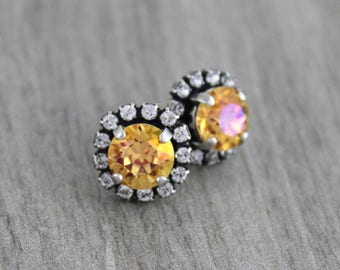 Crystal Bridal earrings, Crystal stud earrings, Bridal jewelry, Swarovski crystal earrings, Wedding earrings, Bridesmaid earrings, Vintage