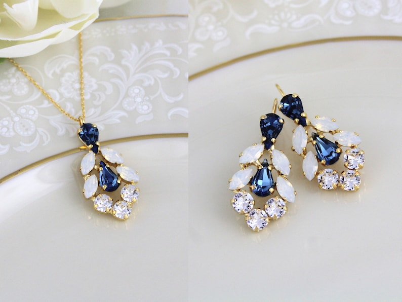 05827bf7abbd5e Navy blue Bridal necklace and earring set Bridal jewelry   Etsy