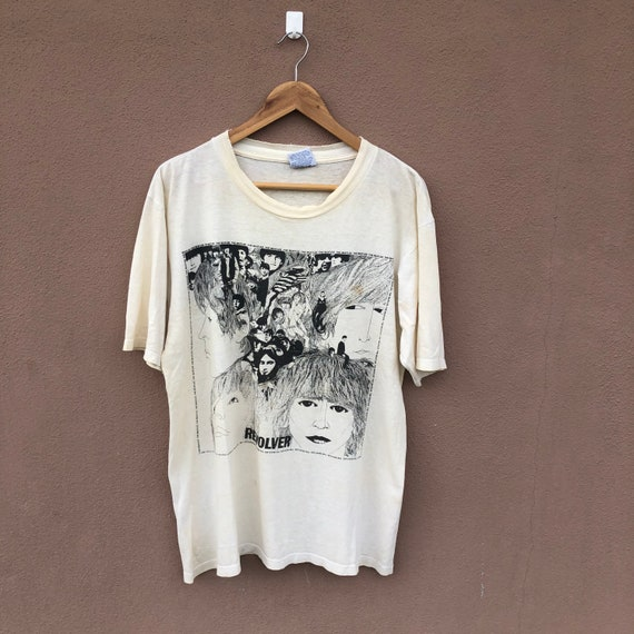Vintage 90's The Beatles Shirt / Revolver / Band T