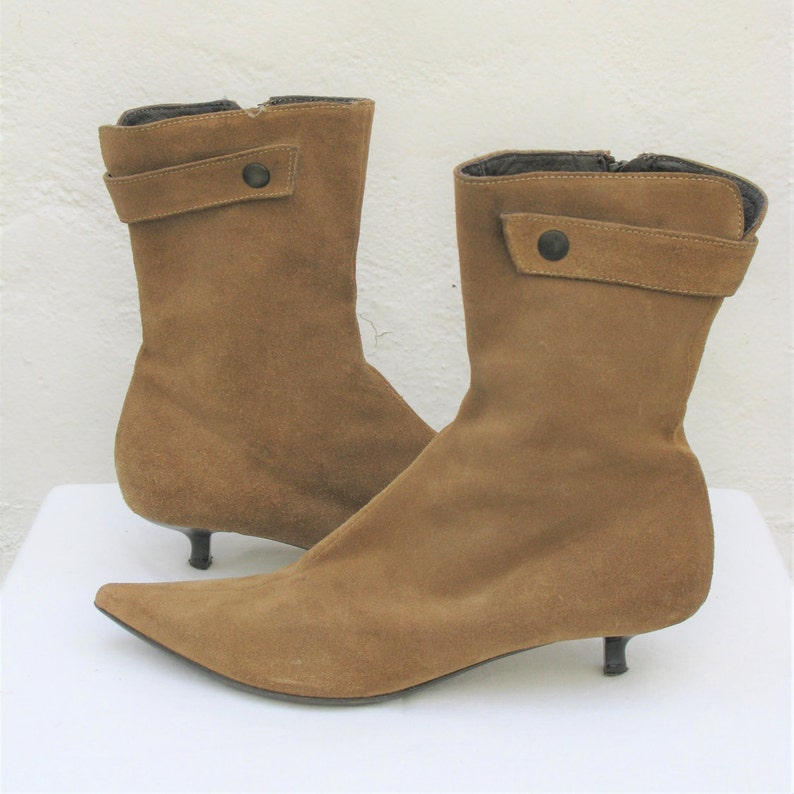 a1b86591007 Vintage Max Monelli Suede Mod Pointed Toe Booties 6.5