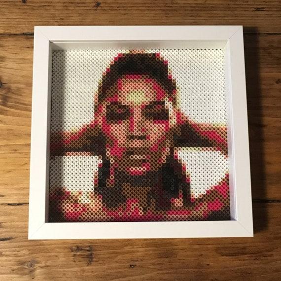 Beyonce framed pixel art portrait (23x23cm frame)