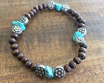 Turquoise Flower Beaded Bracelet