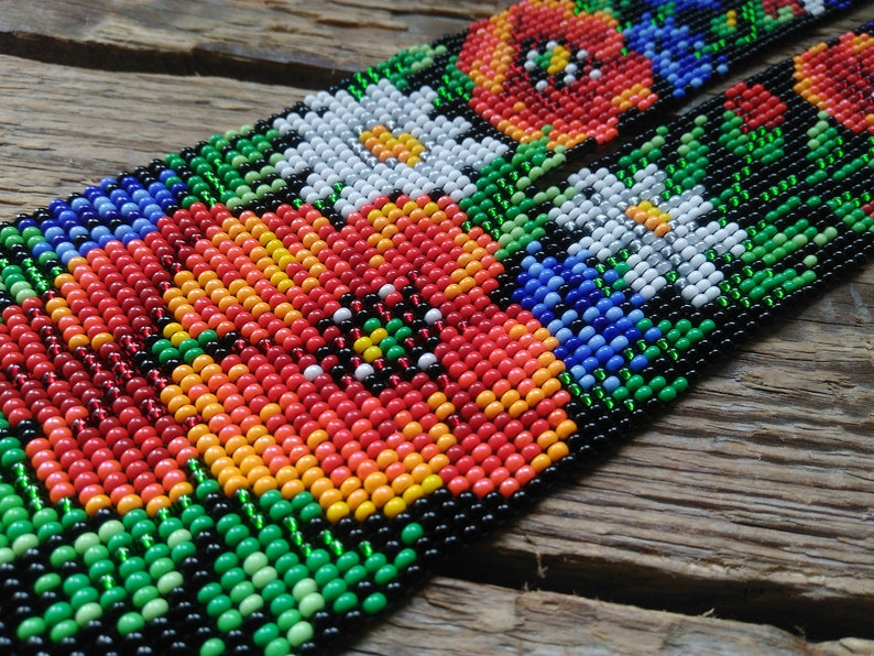 Flowers ethnic necklace,Wildflowers beaded necklace,Poppys Long seed bead necklace,Floral necklace for women,Beads jewelry,Gift for wifemom