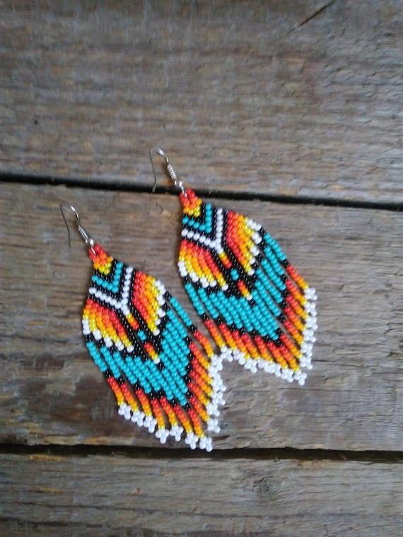Native American STYLE Beaded Earrings,Small Dangling Earrings, ñative beaded woven earrings, american style jewelry Boho Earrings Mexican