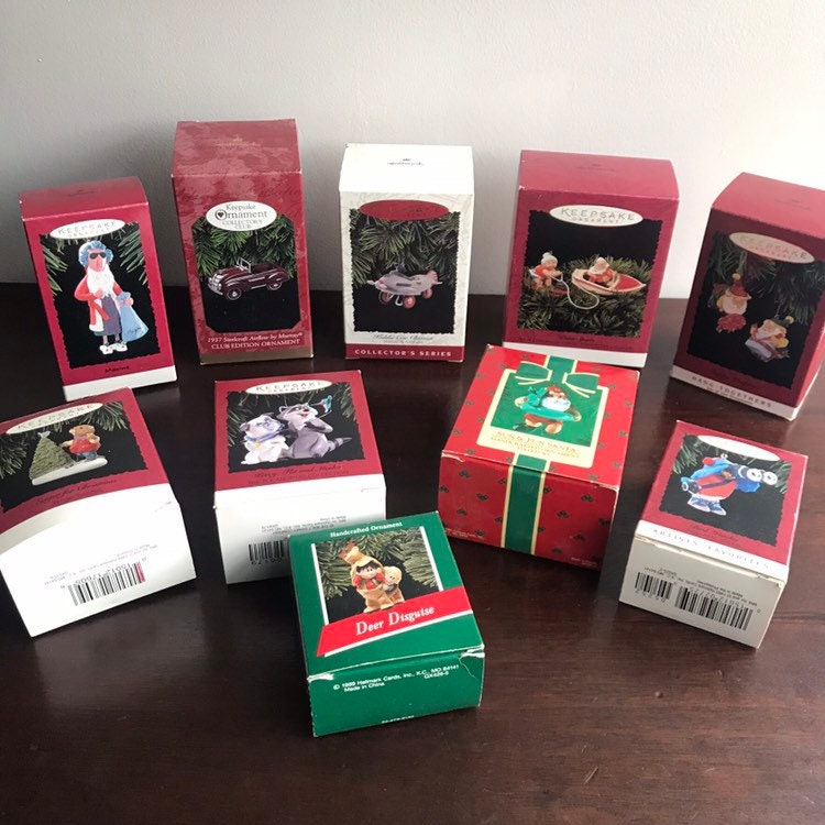 how to find value of hallmark ornaments