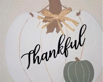 "Pumpkin ""Thankful"" Sign"