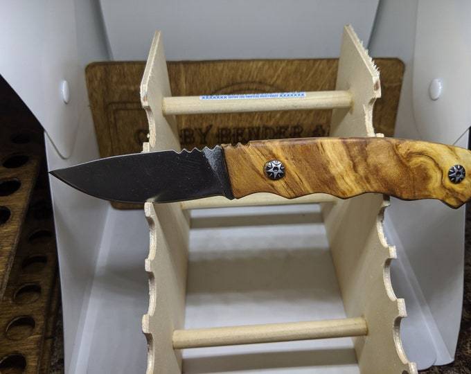 Hunting Knife - Olive Wood - Engraved