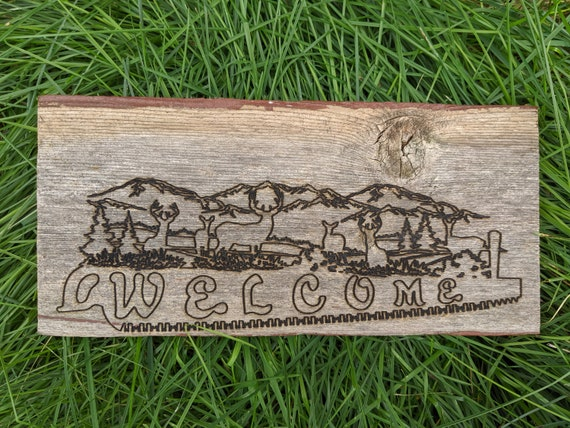 Personalized wood welcome sign and Key Hanger