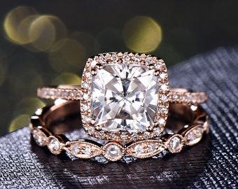 2 Carat Moissanite Engagement Ring Set Rose Gold Bridal Ring Set 7mm Cushion Cut Simulated Diamond Promise Ring Women Art Deco Wedding Band
