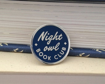 Night Owl Book Club enamel pin (dark blue) - gift for readers - literary gift - bookish pin