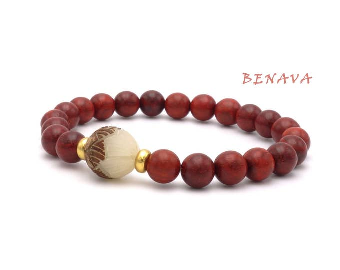 Bracelet sandalwood Bodhi seeds Red Lotus Flower