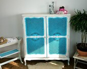 Original Vintage Chippendelle Cabinets Shabby Chic Cupboard Living Room Commser White Pink Turquoise Romantic Living Wall Country House boheme