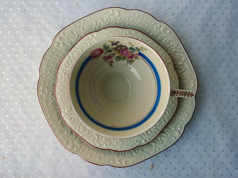 Vintage Light Collection Deck Porcelain 30-vintage 3piece cup plate saucer White Roses floral ivory Relief Collection Cup Bohemians