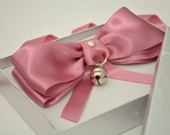 Pink Fancy Cat Bow Tie With Collar & Bell. Luxury Satin Bowtie for Fluffy Cat or  Dog.