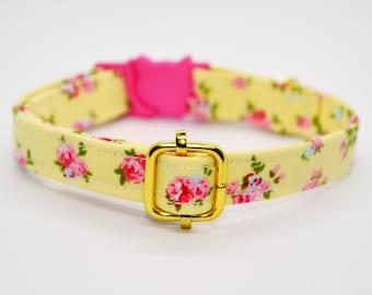 Cat collar// Summer Roses //breakaway cat collar, safety kitten collar, yellow / pink cat collar, floral cat collar, sweet girl cat collar