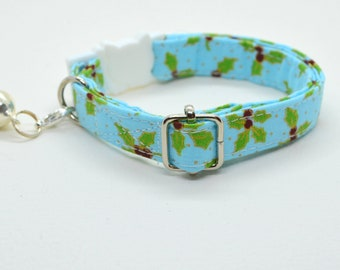 Cat collar 'English Holly' (breakaway) cat collar kitten collar / blue cat collar, collar with bell, cat collar Christmas, Crafts4Cats