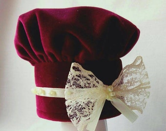 Hat for cat or dog and bow tie 'Renaissance' , handmade from red velour Crafts4Cats