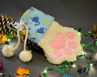Cat paw print stocking  / Chtisrmas stocking / cute cat paw stocking / Paw Print Stocking / Gift for cat, gift for kitten / Crafts4Cats