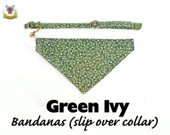 Cat collar + Bandana Set 'Green / Red Ivy' (slip over collar), cat / dog bandana,cat bandana,winter bandana,Christmas bandana, cute bandana