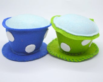 Catnip cat toy 'Cuppa Tea' /Tea cup cat toy/Unique catnip toy/Felt catnip toy/Cute toys for cats/Crafts4Cats