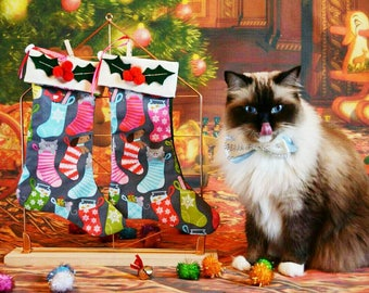 Christmas stocking with catnip toy/Holly berry with cute pets stockings /Cat Stocking / Stocking for pets personalised / Crafts4Cats