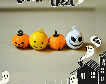 Halloween bells, pumpkin bell, yellow bell, scary face bell, solid black // Halloween jingle bells , Crafts4Cats