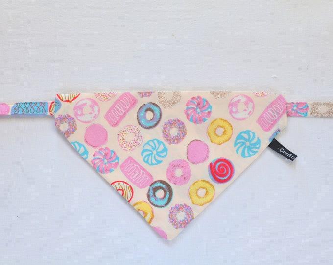 Featured listing image: Bandana 'Doughnuts' (slip over collar), cat / dog bandana / easy fit cat bandana, black & white, cute bandana // CRAFTS4CATS