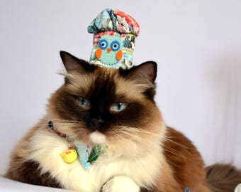 Fancy hats for cats - Chef Cook Hat with matching bow tie for cats - Cotton & Fancy Cat Costumes - Crafts4Cats - Handmade Pet Accessories