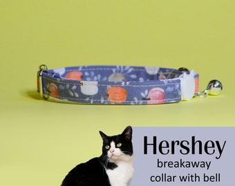 Cat collar Hershey (breakaway) / blue cat collar, kitten collar, cat collar with bell, Halloween cat collar, pumpkins cat collar, greay/gray