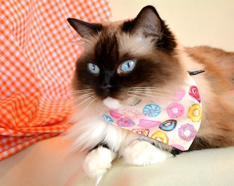 Bandana 'Doughnuts' (slip over collar), cat / dog bandana / easy fit cat bandana, black & white, cute bandana // CRAFTS4CATS