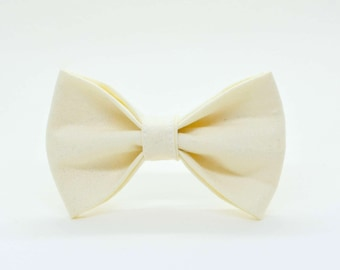 Glittery ivory bow / cat bow tie, small dog bow tie, bow for collar, white bow tie, wedding bow, Crafts4Cats
