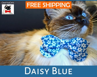 Cat bow tie 'Daisy Blue', breakaway cat collar,kitten collar, cat collar bowtie,blue cat collar,spring cat bow tie collar,,Crafts4Cats