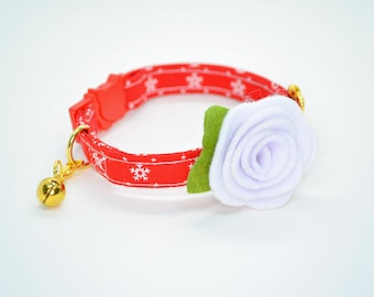 Cat Collar + Rose (breakaway) 'Fluffy Flakes' / Snowflakes cat collar, kitten collar,dog collar, bow cat collar, Christmas, winter