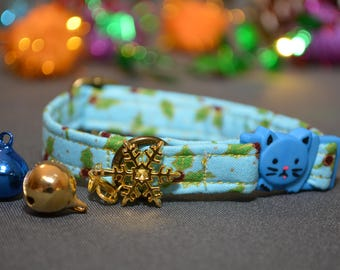 Christmas Cat collar breakaway / cat collar kitten collar / breakaway cat collar / collar with bell / winter / blue /