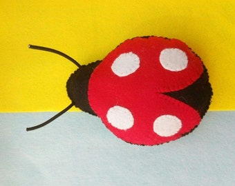 Ladybug catnip cat toy // Free shipping // Unique catnip cat toy,cute cat toys,catnip toy,felt catnip toy,Crafts4cats