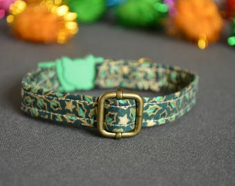GREEN cat collar - cat collar with jingle bell - breakaway cat collar - luxury cat collar - boy cat collar - girl cat collar