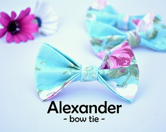 Cat bow tie 'Alexander'  blue pink floral bow tie for cats, kittens and small dogs bow tie