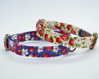 Cat collar// Strawberries //breakaway cat collar, safety kitten collar, yellow / pink / blue cat collar, floral cat collar, girl cat collar