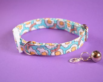 Cat collar with bell 'Bacon & Eggs ' / collar for kitten, cat, small dog - breakaway/safety buckle, blue, yellow, cute cat collar