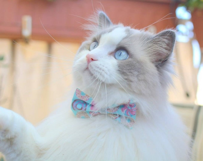 Featured listing image: Cat bow tie Sweet Doughnuts / Donuts, breakaway cat collar, kitten collar, cat collar with bell, mint cat collar,blue,silver,Crafts4Cats